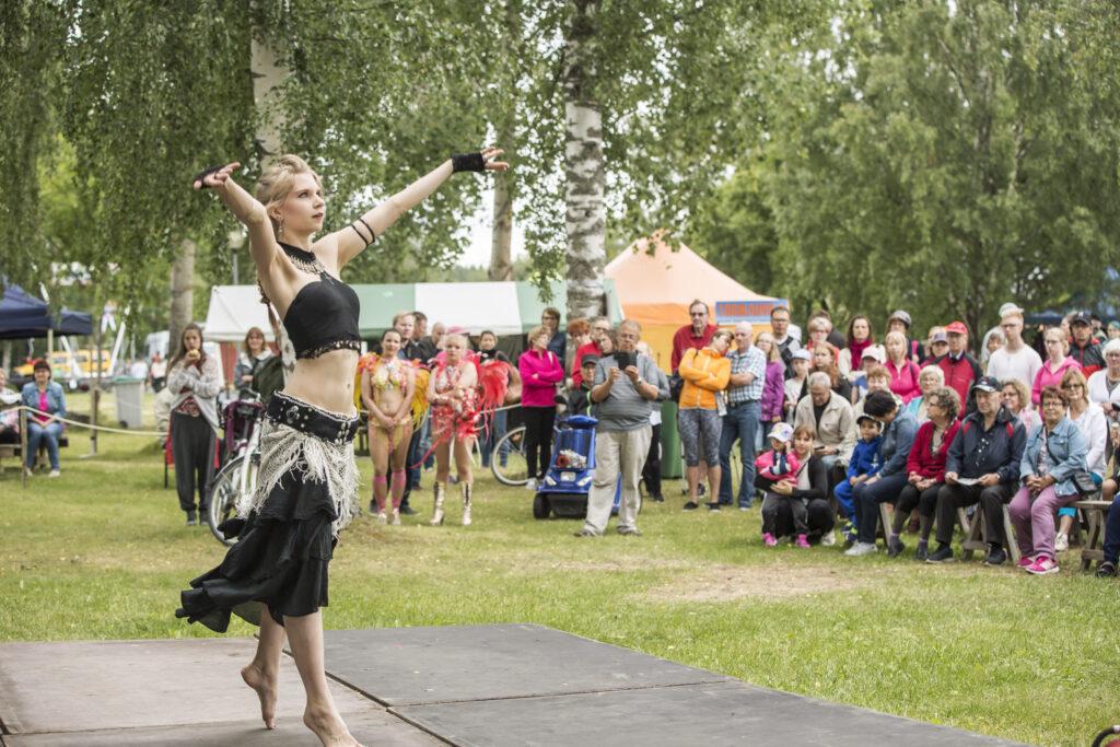 Anni Moilanen Tribal Fusion Show