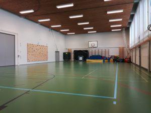 yhtenaiskoulun liikuntasali
